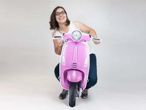 photocall cartón moto Vespa