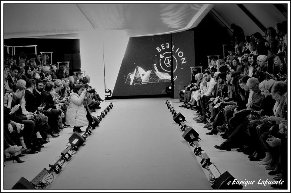 Bee Lion Fashion Runway 2017