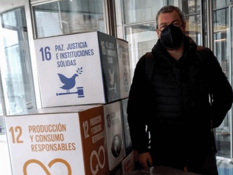 Cubos ODS en cartón